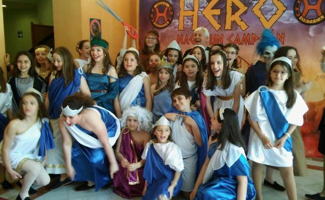 Los alumnos del Ortega siguen llenando con su musical