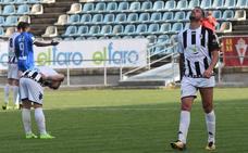 El Murcia rompe la magia del CD Badajoz en el Nuevo Vivero