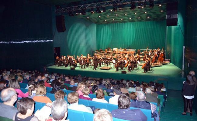 La Orquesta de Extremadura actuará tres veces este año en el Palacio de Congresos