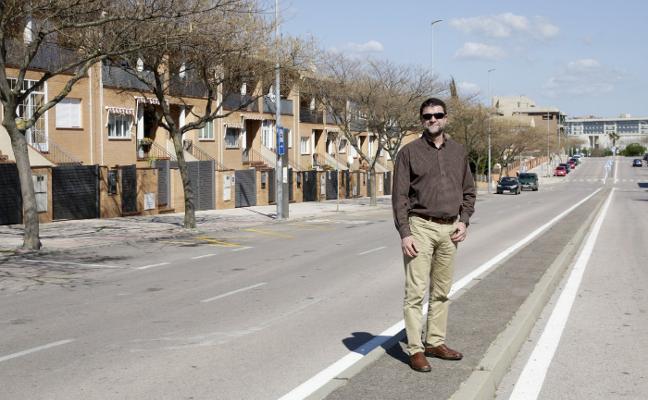 «Somos un barrio joven, un tercio de los vecinos tiene menos de 18 años»