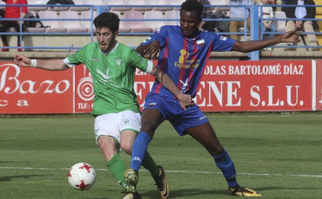 El Extremadura se desangra defensivamente