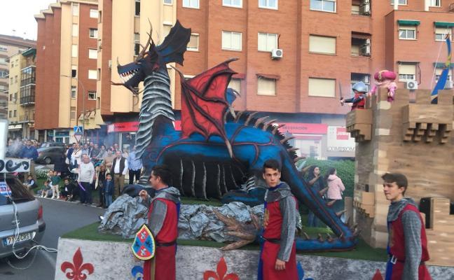 Diocesano gana en dragones
