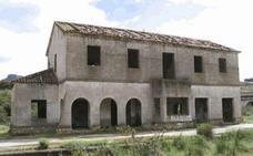 Sacan a subasta por 124.000 euros los terrenos y edificios de la antigua estación de Cañamero