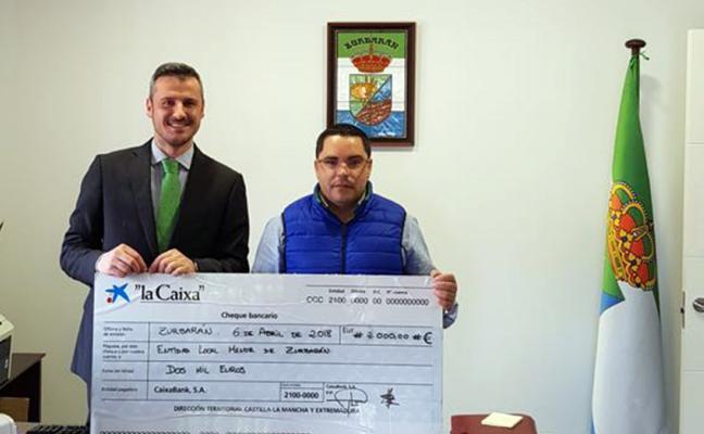 Donan 2.000 euros a la entidad local menor villanovense de Zurbarán