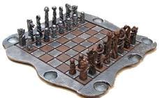 Un ajedrez de forja, primer premio del XVII Concurso de Artesanía de la Junta