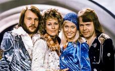 Los cuatro miembros de Abba graban dos nuevas canciones
