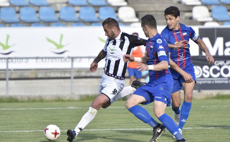 El Badajoz gana el derbi y hunde al Extremadura
