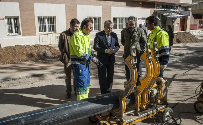 Acabar con los reventones de las tuberías en Badajoz cuesta 100 millones de euros