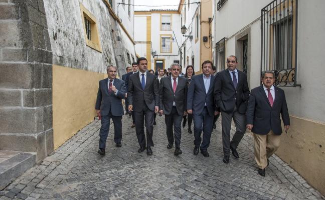 Badajoz, Elvas y Campomayor unen a 184.000 habitantes en la eurociudad
