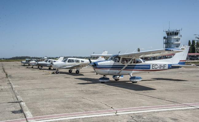 Convivencia entre pilotos de avionetas en Talavera