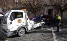 UCE critica la diferencia de precios de la grúa municipal en los municipios extremeños