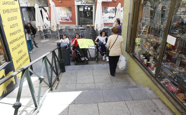 El Plan Especial autoriza las escaleras, con el rechazo de los arquitectos