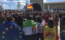 Los extremeños se hacen notar en Lisboa para apoyar a Amaia y Alfred en Eurovisión