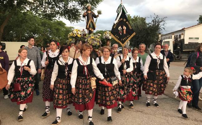 Concursos y conciertos para celebrar San Isidro en Los Santos de Maimona