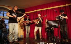 Groovy Celtic Band cierra hoy domingo 'Corral Fusión'