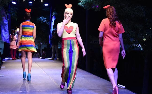 El colectivo transexual se reivindica en la Plaza Mayor de Plasencia