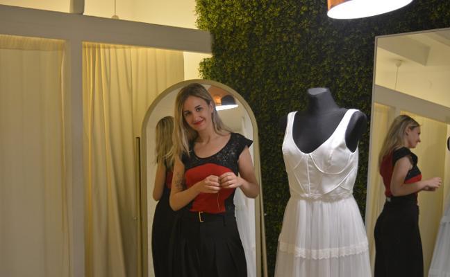 Lorena Panea, la joven que despunta en la moda nupcial
