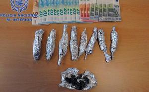 Detienen a un hombre en Mérida y a otro en Almendralejo por tráfico de drogas