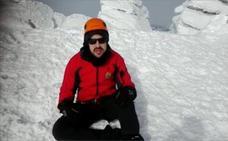 El extremeño sordociego Javier García Pajares se propone hacer cima en tres picos europeos