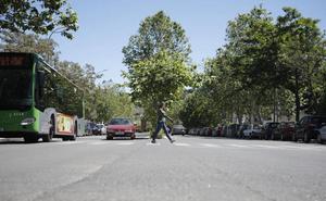 Nuevo atropello en la avenida de la Hispanidad con un herido leve