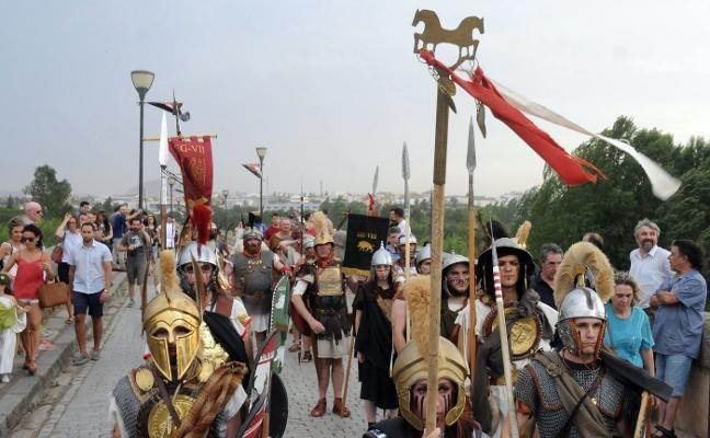Emerita Lvdica incluye un desfile de estudiantes vestidos de romanos