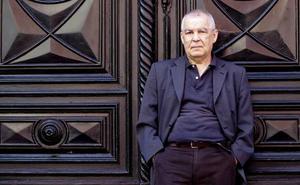 Este sábado se presenta 'Doce relatos (.) maestros', con Gonzalo Hidalgo Bayal