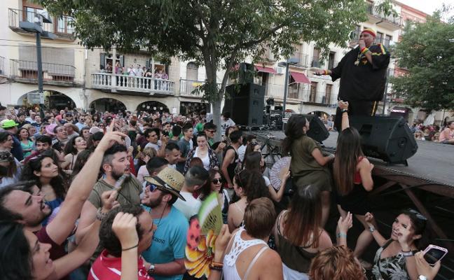 La feria de Plasencia recupera los conciertos diarios, el teatro y una caseta en la Hispanidad