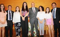 Alumnas del colegio Claret de Don Benito, premiadas en los Juegos Florales