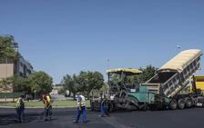El asfaltado de Badajoz llega la próxima semana al Cerro de Reyes y Pardaleras