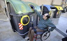 Cáceres instalará contenedores accesibles para personas con movilidad reducida