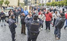 Los trabajadores de FCC Badajoz preparan una huelga indefinida