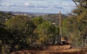 El Gobierno de Cáceres lamenta que la empresa de la mina no dé la cara