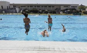 El 31 de mayo abre la piscina municipal de Cáceres el Viejo