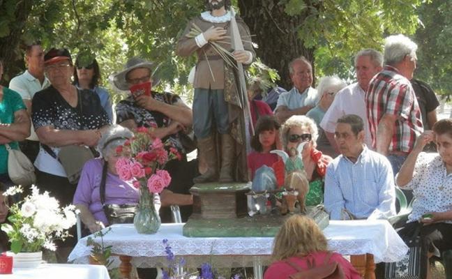 Festejos taurinos y caballos protagonizan San Isidro en Losar de la Vera
