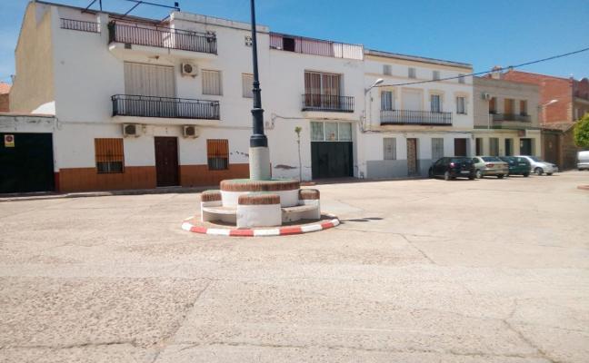 Invertirán casi 39.000 euros en asfaltar la calle Zurbarán de Campanario