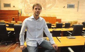 Álvaro Jaén votará la continuidad de Iglesias y Montero