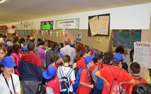 Unos 700 alumnos de Primaria cierran en Mérida el programa 'Junioremprende'