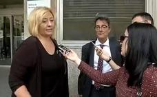 La madre de la niña con autismo supuestamente maltratada pide medidas cautelares contra la docente