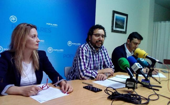 La nueva junta del PP se estrena con críticas al Gobierno local