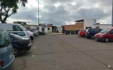 Una discusión por una plaza de aparcamiento acaba con un herido con un objeto punzante en Badajoz