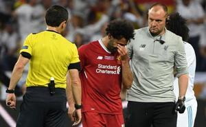 Salah, sustituido tras dañarse el hombro izquierdo