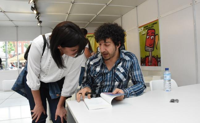 La poesía renace en San Francisco con Marwan