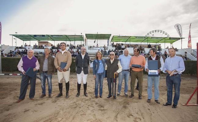 El certamen homenajea en su aniversario a históricos del caballo
