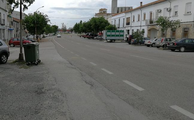 El Ayuntamiento de Trujillo negocia el cambio de tuberías en la avenida de Miajadas