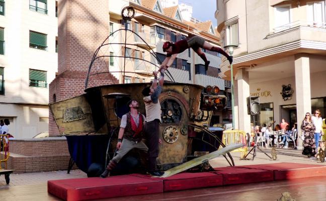 La lluvia precipita la clausura del Festival de Circo Contemporáneo de Extremadura en Navalmoral