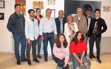 Trece artistas de Monesterio exponen sus creaciones hasta 15 de junio en la casa de la cultura