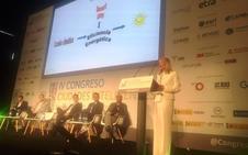 Cáceres expone su visor fotovoltaico en el Congreso de Ciudades Inteligentes de Madrid