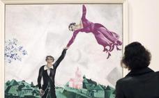 El caleidoscópico arte de Chagall inunda de color el Guggenheim