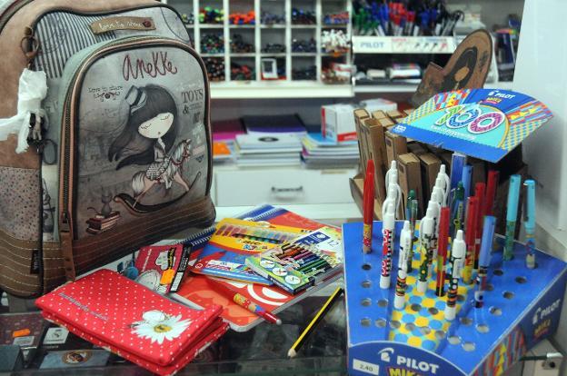 El Ayuntamiento de Mérida recibe 733 solicitudes en 13 días para ayudas de material escolar