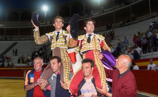José Garrido y Ginés Marín continúan la fiesta del Corpus granadino